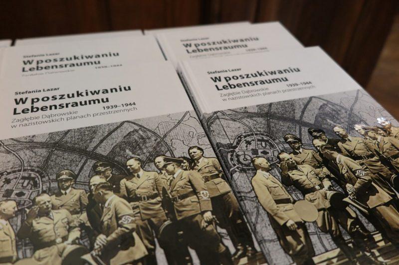 Promocja-ksiazki-w-poszukiwaniu-Lebensraumu_1600_72_04